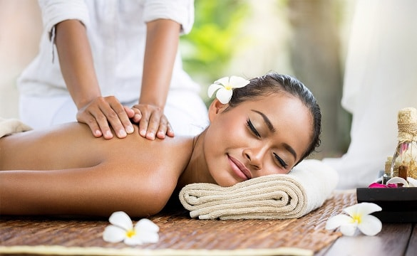 deep tissue massage benefits toxins